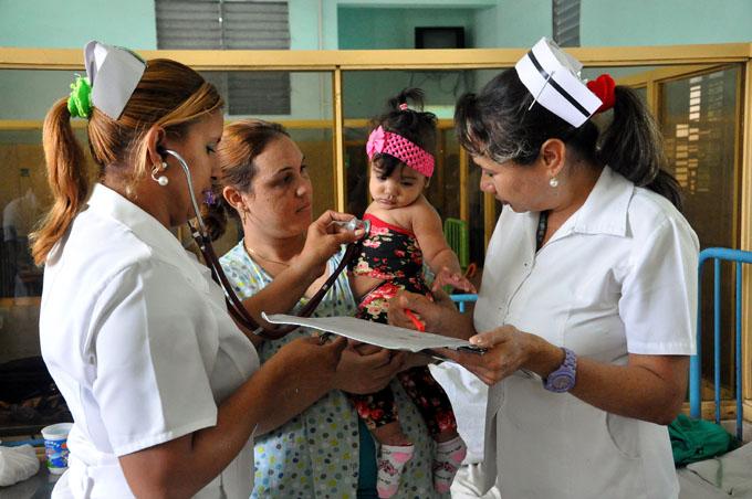 Celebran importantes logros de la enfermería en Granma