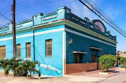 Añejo cinco años por aniversario de Manzanillo
