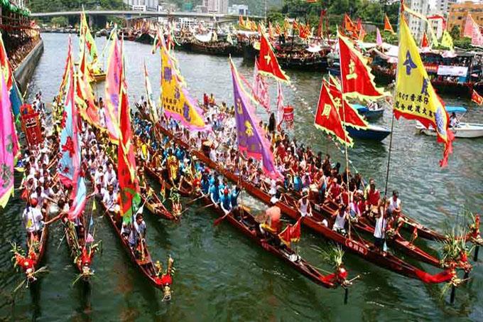 Festival del Bote del Dragón causa auge de viajes en China