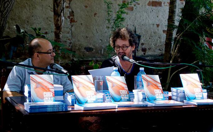 Libro Cuba: ¿fin de la historia?, una invitación al diálogo (+ fotos)