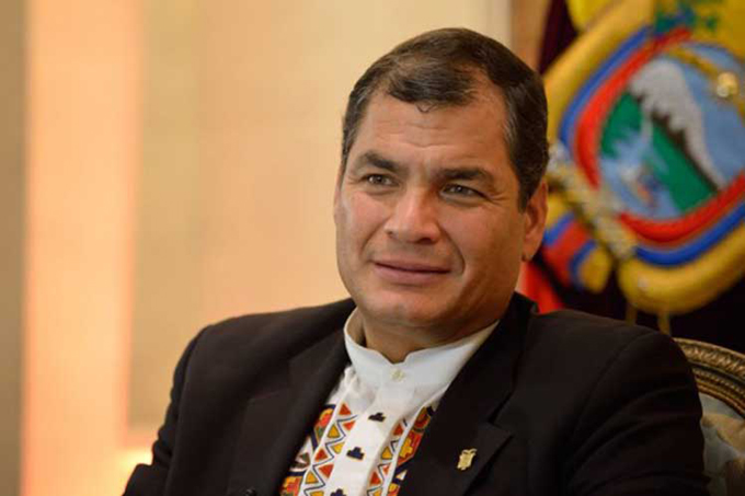 Rafael Correa recibirá hoy Doctorado Honoris Causa en Argentina