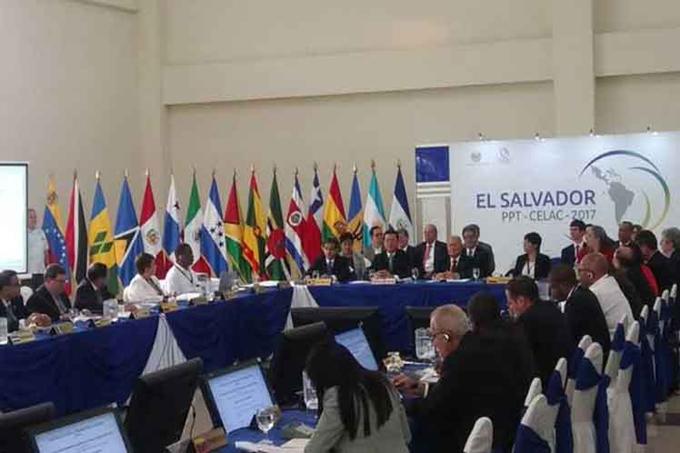 Venezuela amplía acompañamiento internacional tras reunión de Celac