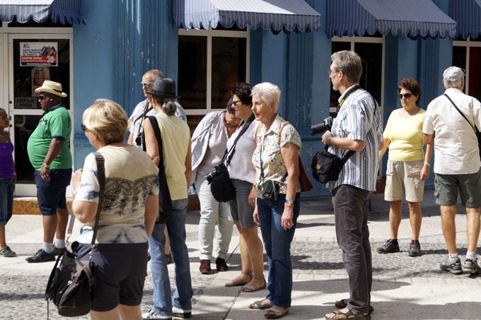 Desarrollo turístico en Granma:  Un proyecto en coche