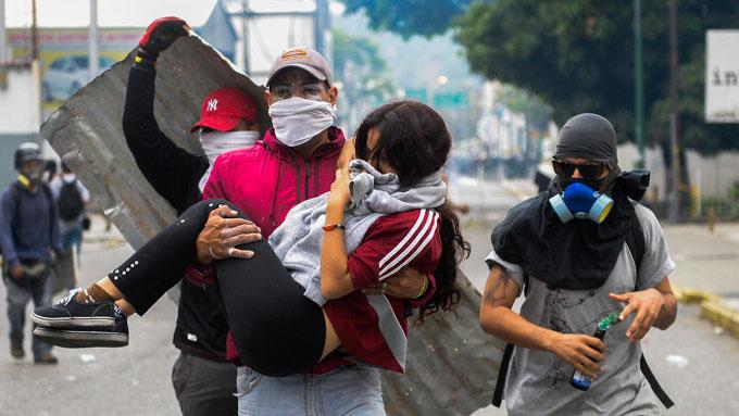 Niños, bombas y la falta de escrúpulos de la derecha venezolana