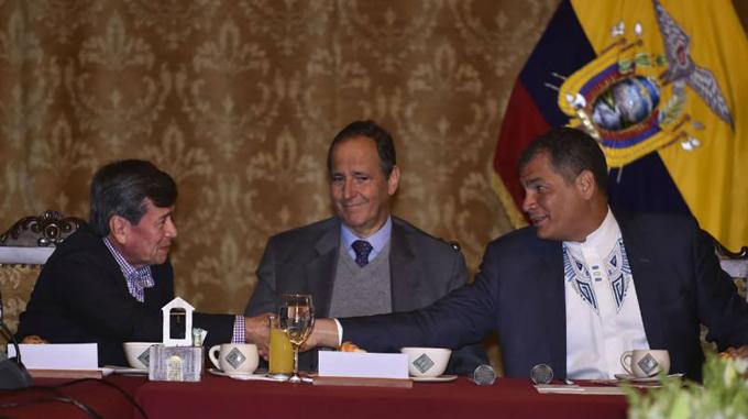 Retoman diálogos de paz en Ecuador gobierno de Colombia y ELN