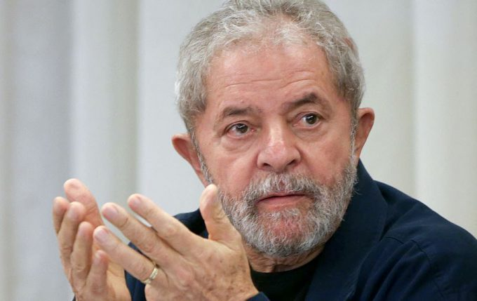 Lula va a corte por cargos de corrupción