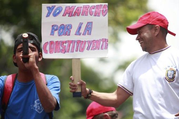Movimientos sociales en Venezuela marchan por la Constituyente