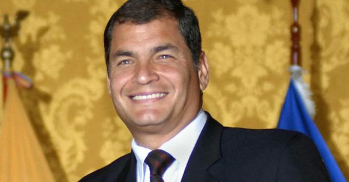 Viajará a Argentina presidente de Ecuador para recibir Honoris Causa