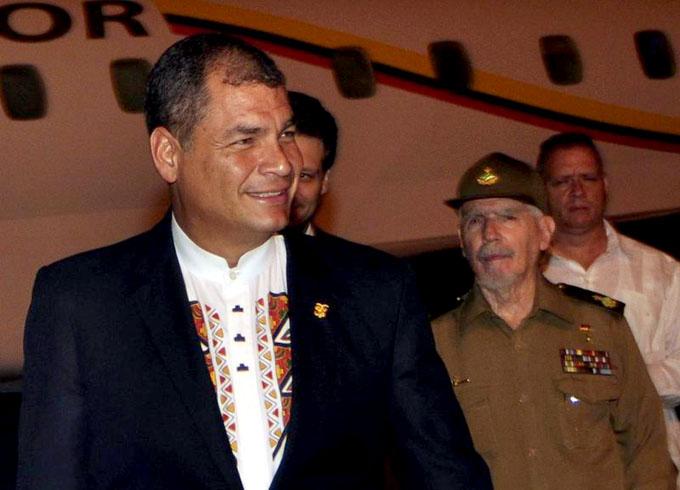 Rafael Correa rendirá hoy tributo a José Martí y a Fidel Castro