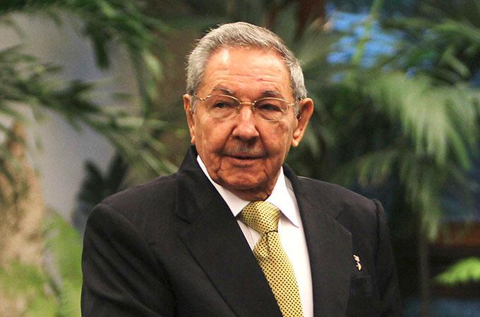 Recibió Raúl al Enviado Especial del Presidente de Angola