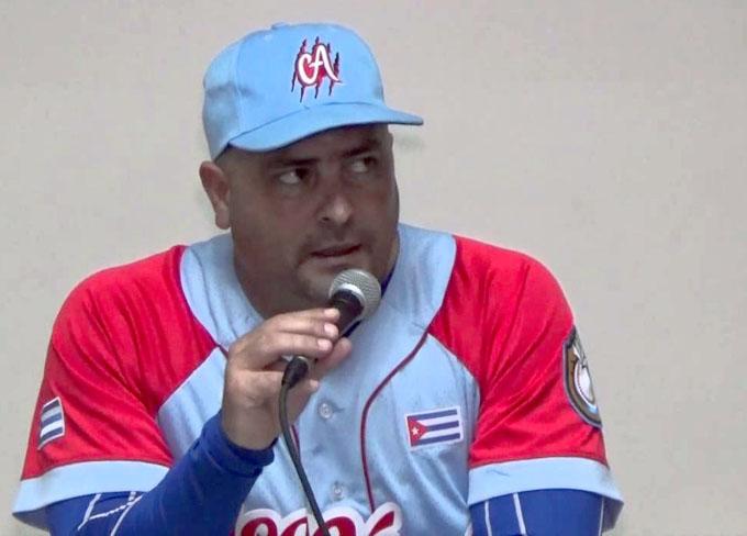 En béisbol, Roger Machado aboga por juventud y experiencia