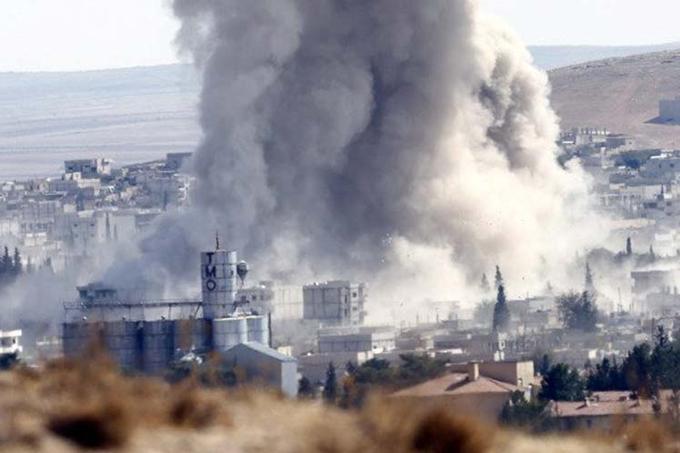 Rusia destruye objetivos terroristas en Siria con cohetes Calibre