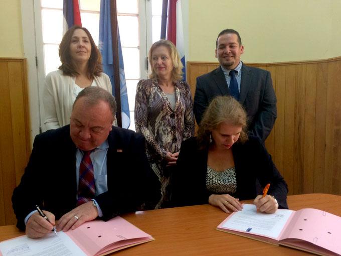 Embajadora de los Países Bajos ratifica positivos nexos con Cuba