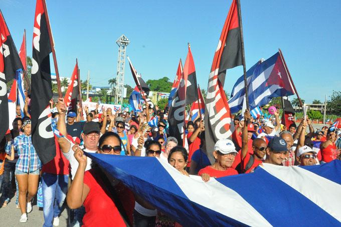 Jamás sacrificaremos nuestro derecho a construir una nación independiente y socialista