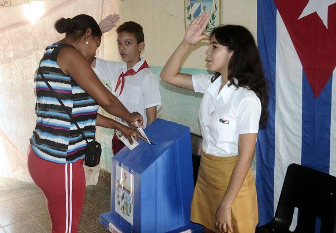 Convoca el Consejo de Estado a elecciones generales