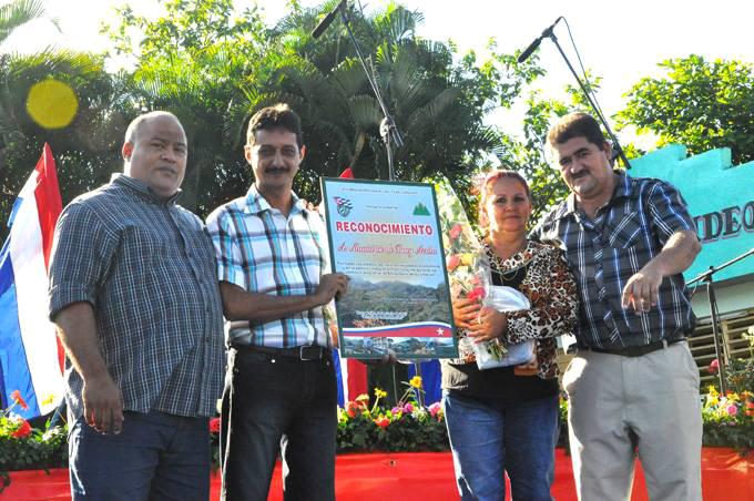 Emotivo homenaje a Fidel Castro en acto por creación del Plan Turquino en Granma (+ fotos)