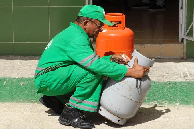 Continúa venta liberada de gas licuado en Bayamo