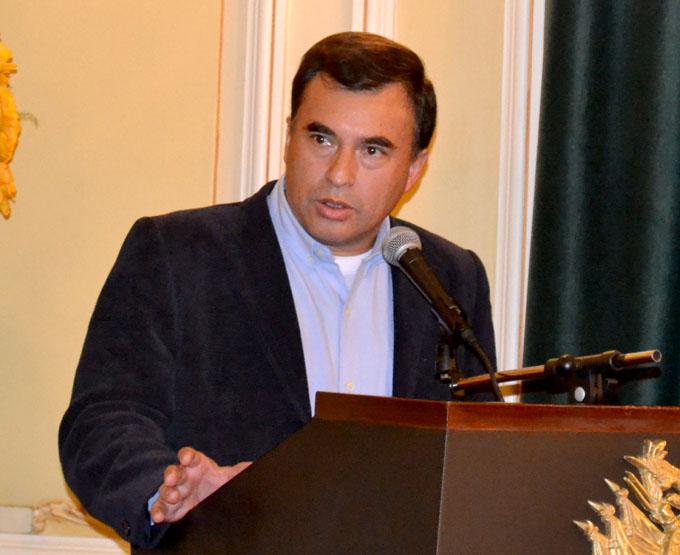 Embajador boliviano: debemos estudiar las múltiples aristas de Cuba