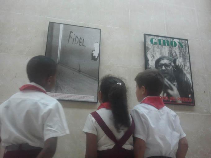 Inauguran exposición Fidel entre nosotros en Bayamo