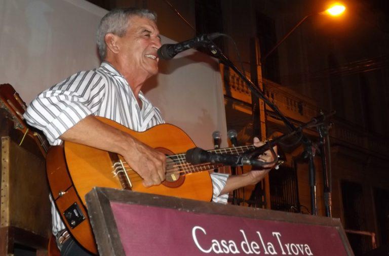 Cantata por Manzanillo