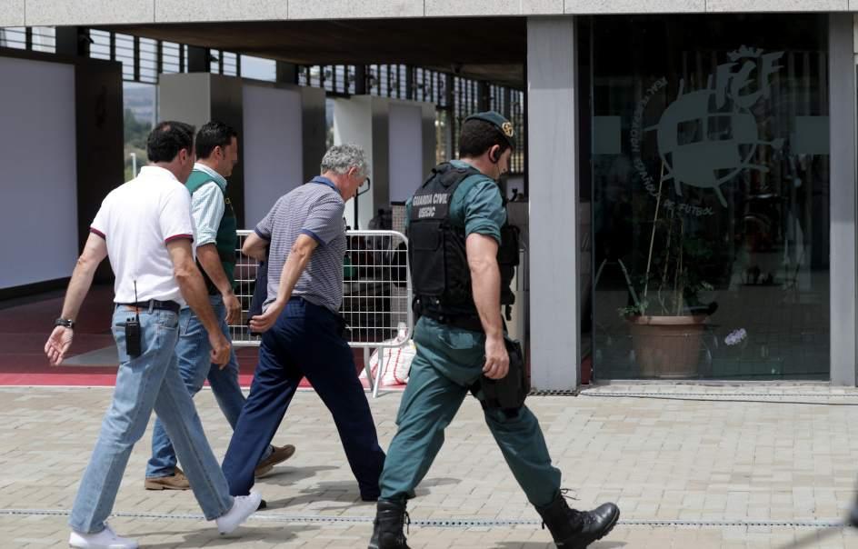 Arrestan a presidente de Federación Española de Fútbol