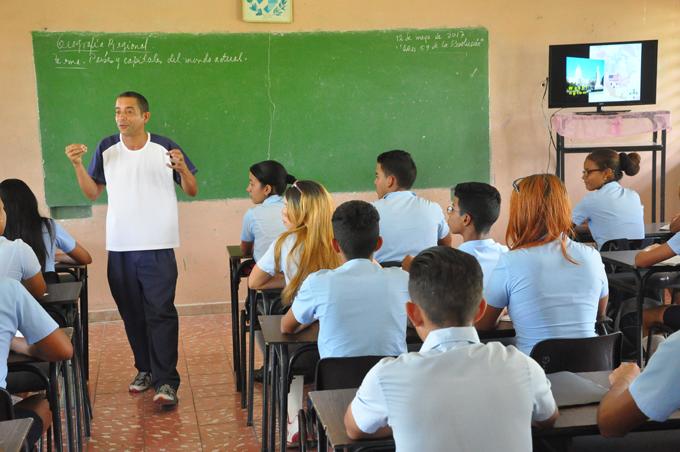 A pasos de 26 final de curso escolar en Granma (+ fotos y audios)