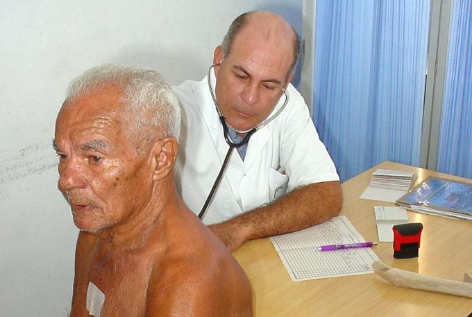 Positivos resultados en consulta especializada para asmáticos en Granma