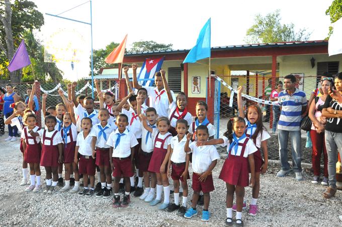 Sede Río Cauto del acto de clausura del curso escolar 2016-2017 en Granma