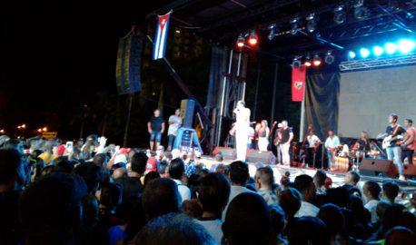 Paulo FG y Sonando en Cuba movieron la noche del martes en Bayamo (+ videos)