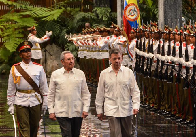 Recibió Raúl al Presidente de Colombia