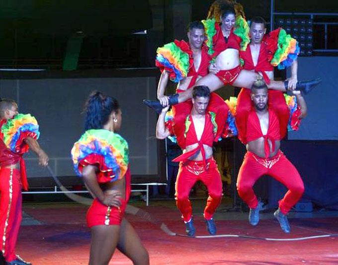 Festival internacional Circuba continúa gira por toda la isla
