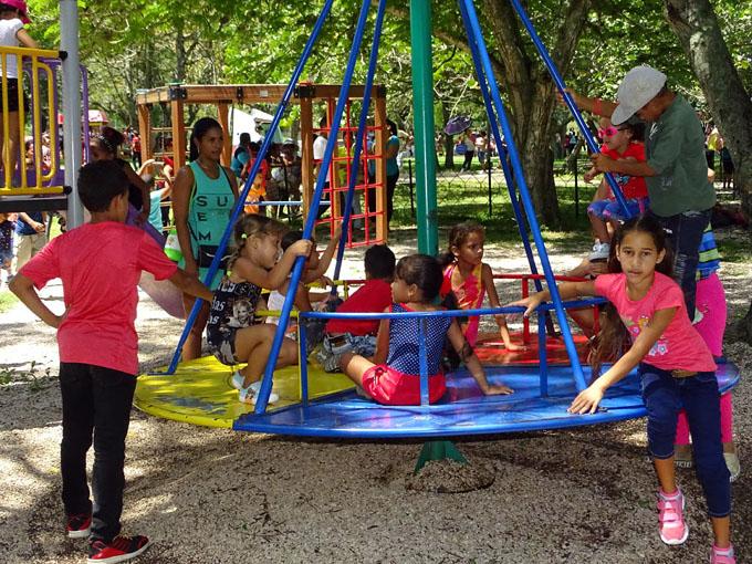 Celebran el Día de los niños (+ Fotos)
