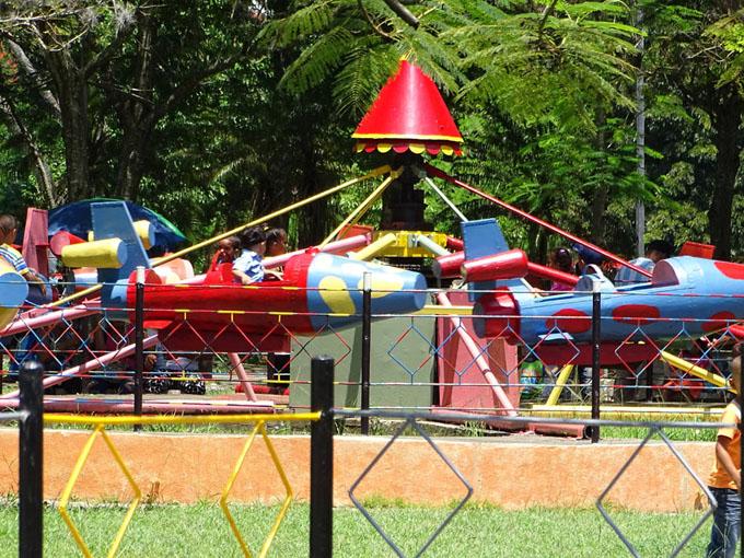 Remozado parque de diversiones de Bayamo