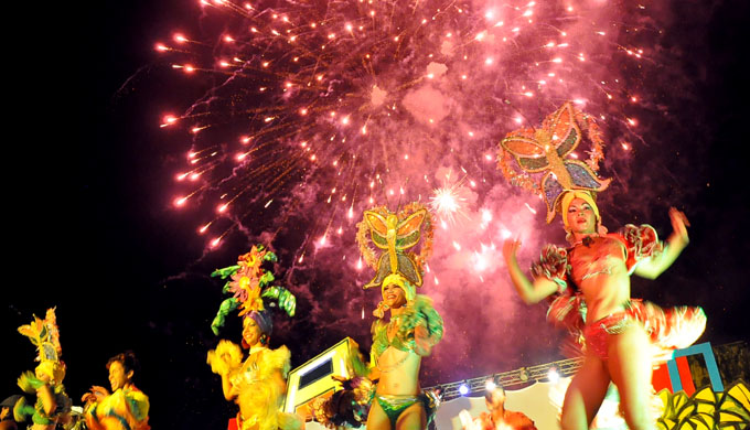 ¡Carnaval por los campeones! (+ video)