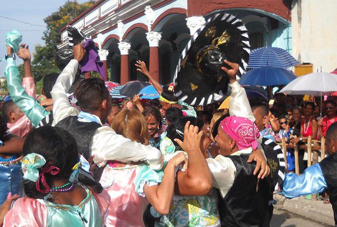 Gran Premio para comparsa de Romilio en Carnaval de Manzanillo (+ fotos)