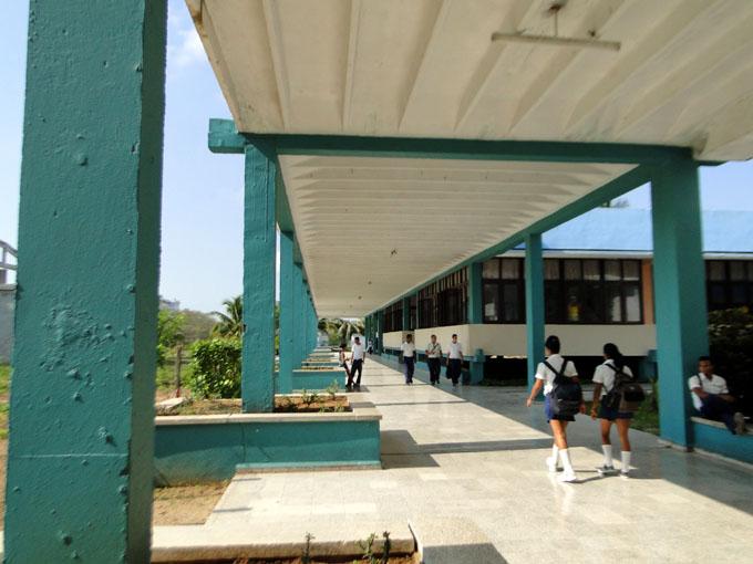 Anuncian prioridades para curso escolar en Manzanillo