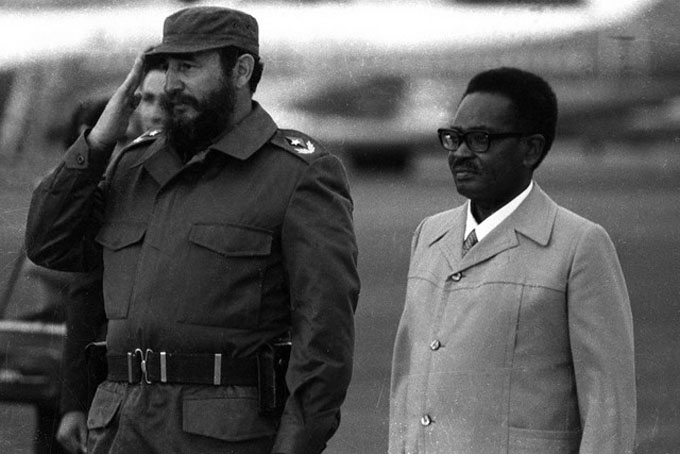 Colaboradores cubanos en Angola destacan ejemplo de Fidel Castro