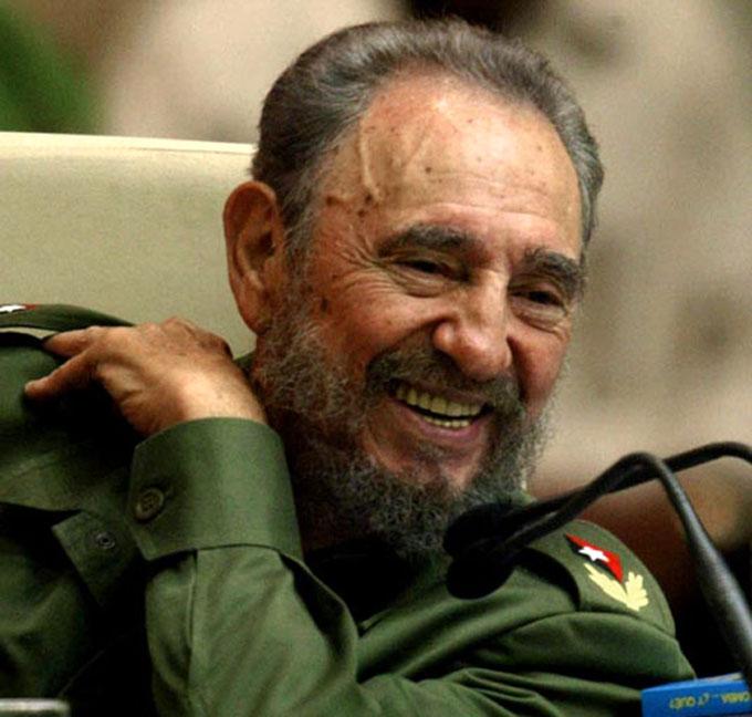 Celebra Movimiento colombiano Solidaridad con Cuba cumpleaños de Fidel