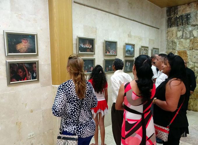 Muestran exposición dedicada a Fidel (+ fotos)