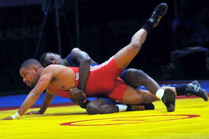 Comienza hoy Campeonato Mundial de Lucha en París