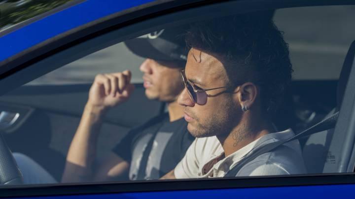 Neymar confirma su salida y se va a Londres para desconectar