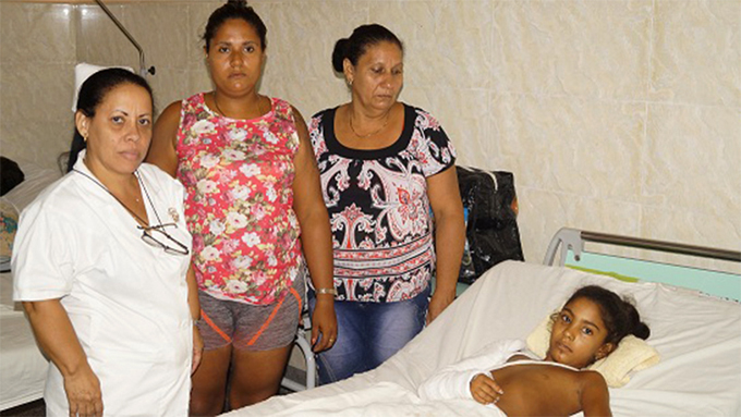Fuera de peligro niña lesionada en accidente de tránsito