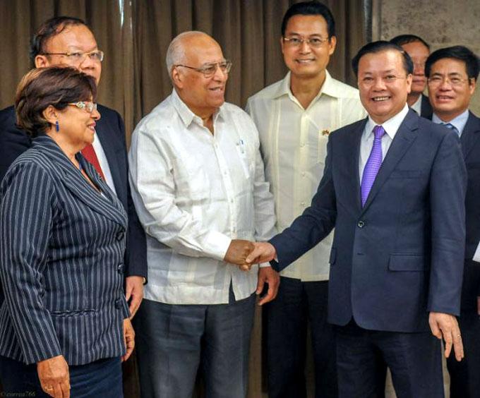 Recibe Cabrisas a Ministro vietnamita