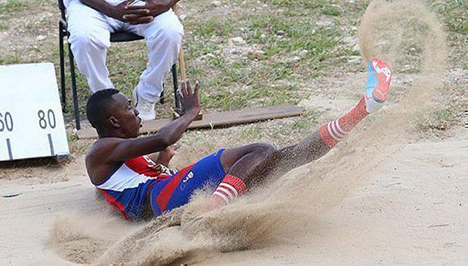Triplistas cubanos por medallas hoy en Mundial de atletismo