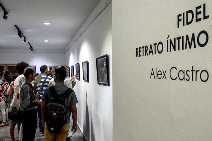 Casa del ALBA cultural acoge exposición dedicada a Fidel Castro