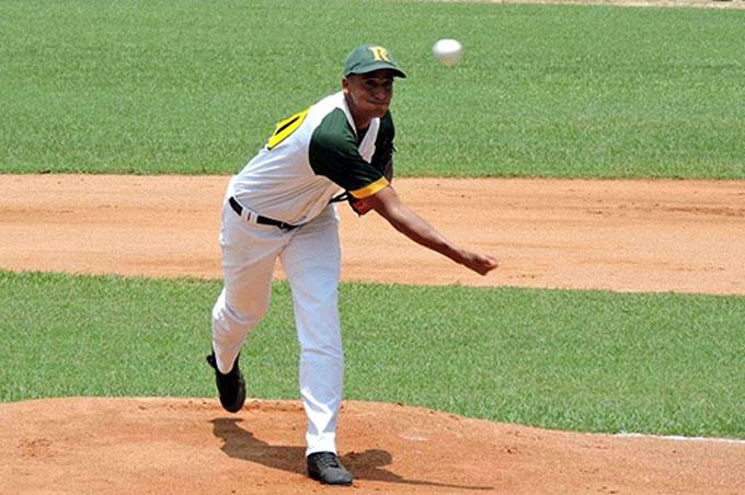 Pinar del Río afianza liderato en campeonato cubano de béisbol