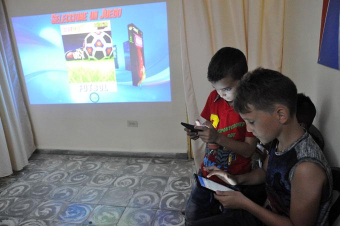 Inauguran Sala de juego virtual en Casa de orientación a la mujer y a la familia de Granma