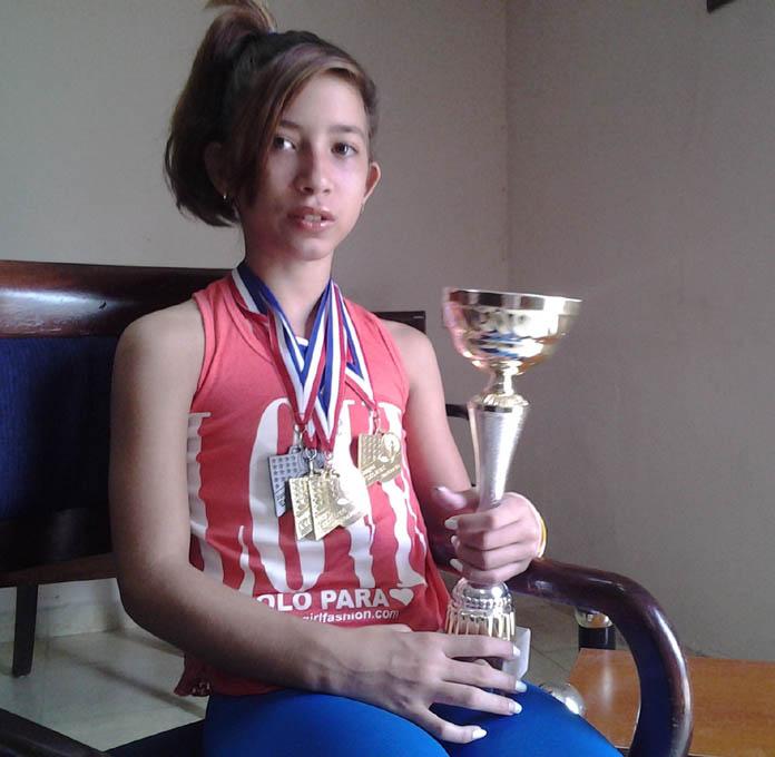 """""""Seguiré entrenando fuerte para alcanzar más medallas"""" (+video)"""