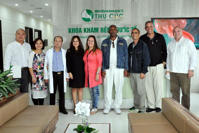 Llega a Vietnam avanzadilla de médicos cubanos
