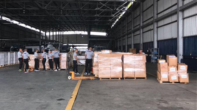 Primer avión con ayuda humanitaria para Cuba llega desde Venezuela (+ fotos)